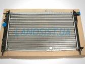 Радиатор охлаждения двигателя Daewoo Nexia.