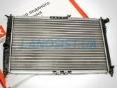 Радиатор охлаждения двигателя Ланос 1.5-1.6 (с кондиционером).